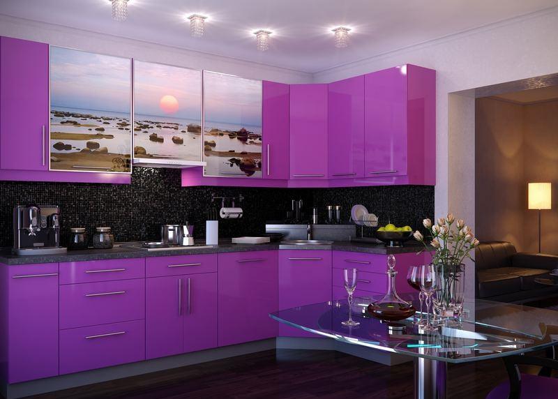 Лилавият цвят в интериора на кухнята