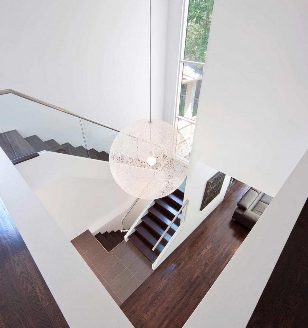 Къща-с-модерна-архитектура-минималистичен-дизайн
