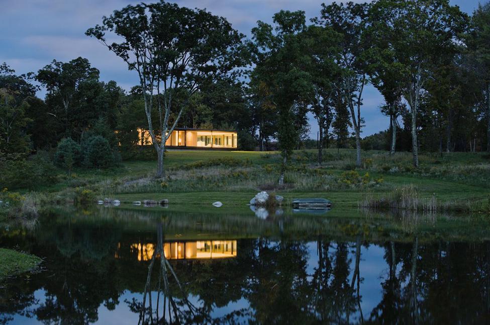 Модерен-дом-сред-гората-в-Калифорния-САЩ