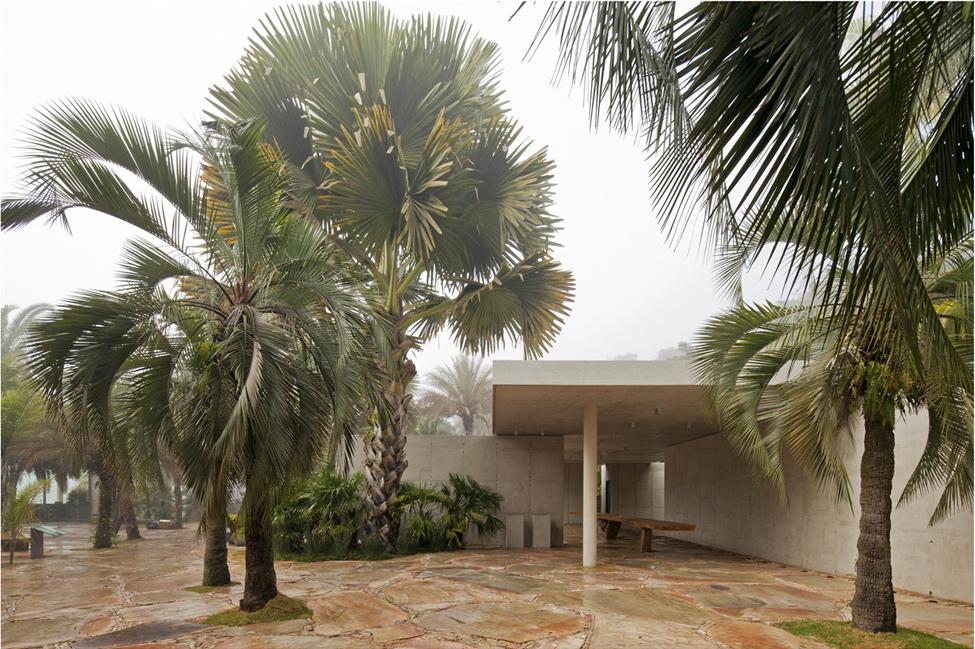 Модерна-архитектура-Ботанически-магазин-в-Бразилия