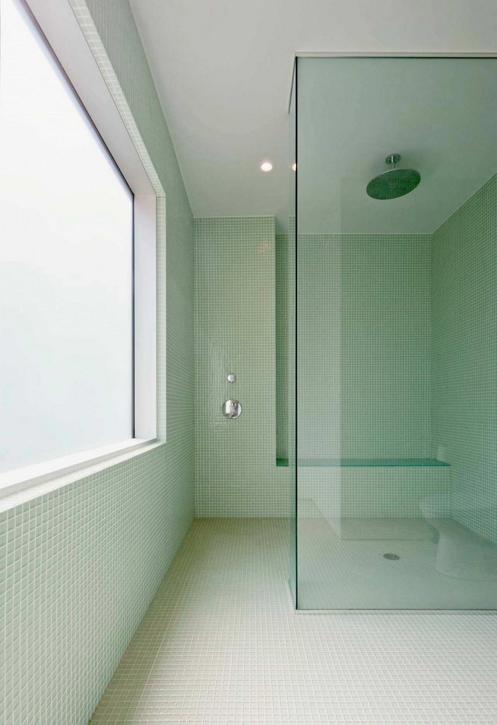 Модерна-архитектура-и-минималистичен-интериор-дизайни