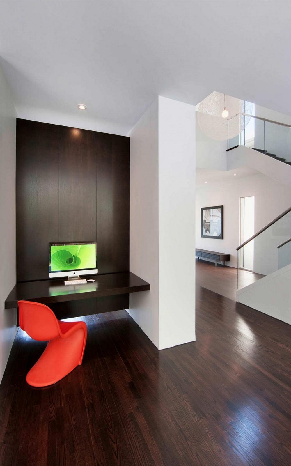 Модерна-архитектура-и-минималистичен-интериор