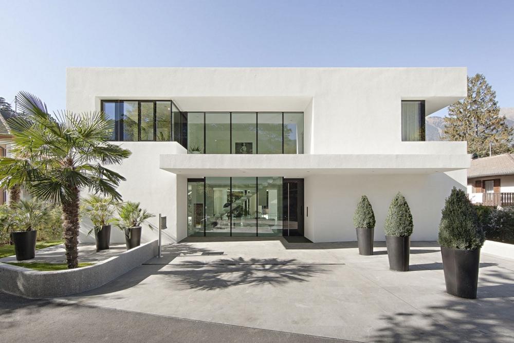 Модерна-минималистична-архитектура