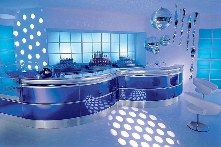 Модерни-бар-мебели-от-Frigomeccanica-осветление