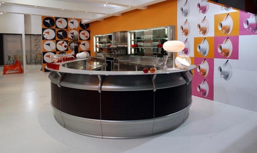Модерни-бар-мебели-от-Frigomeccanica-цветни-идеи