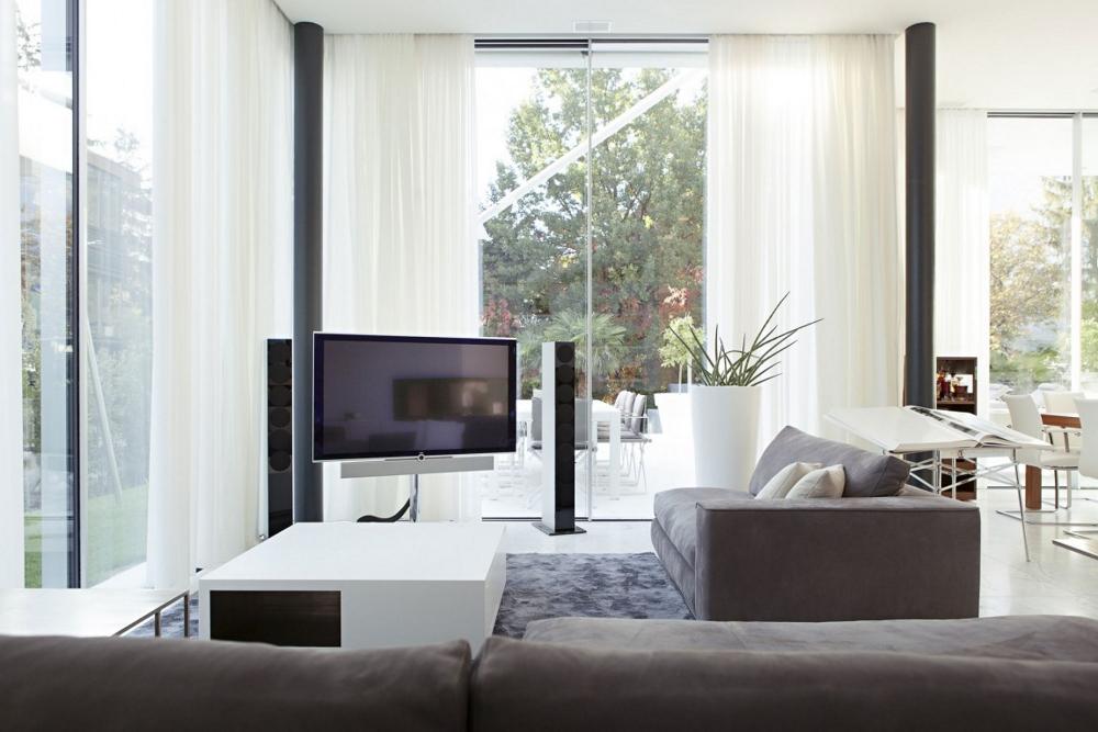 Хол-с-минималистичен-дизайн-House-M