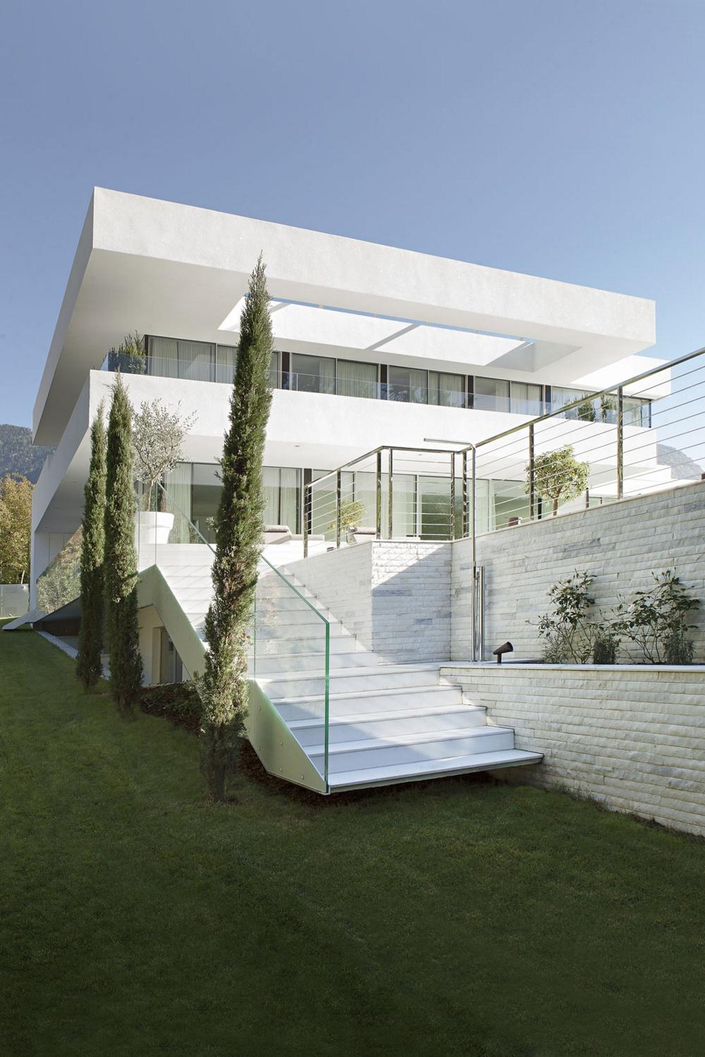 House-M-от-monovolume-architecture-+-design-гледка-отвън