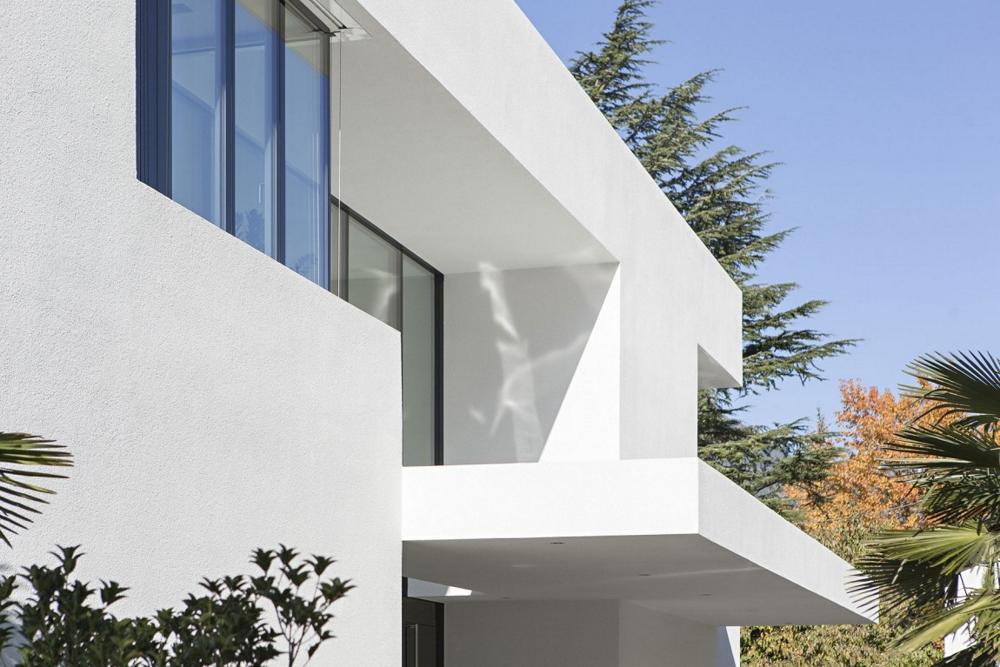 House-M-от-monovolume-architecture-+-design-фасада1
