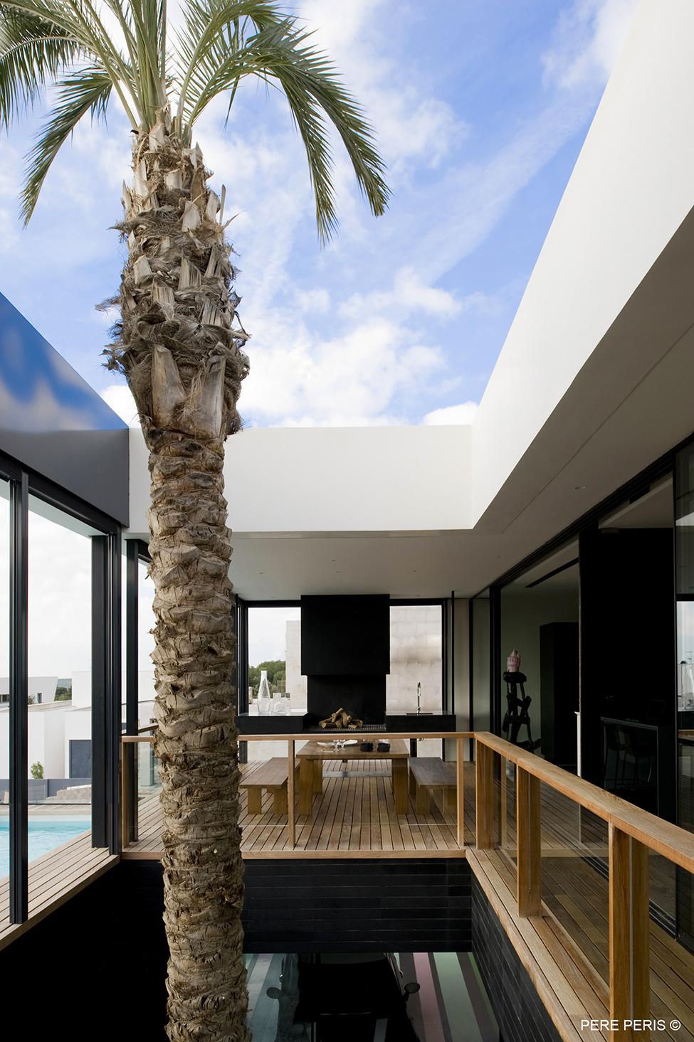 Moderno-imenie-s-minimalistichen-interior-proekt-naLADAA